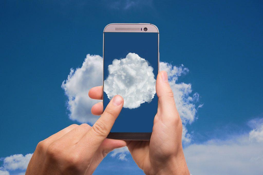 cloud-2537777_1280